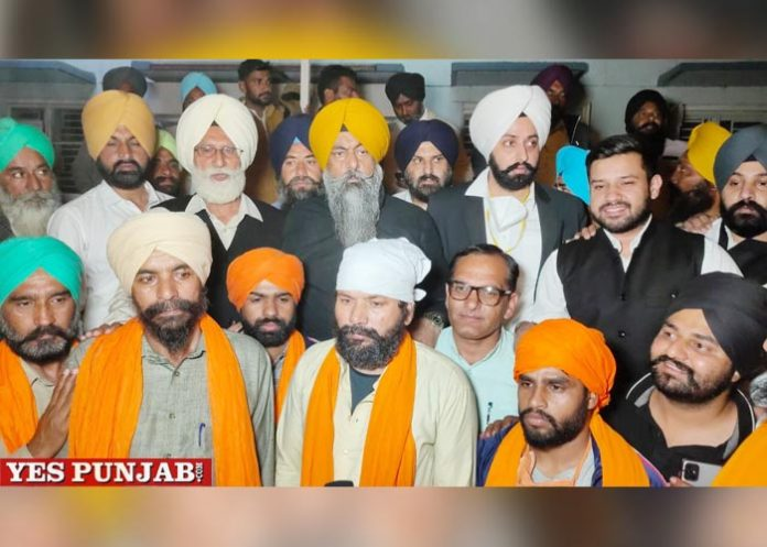 DSGMC released farmers from Tihar Jail