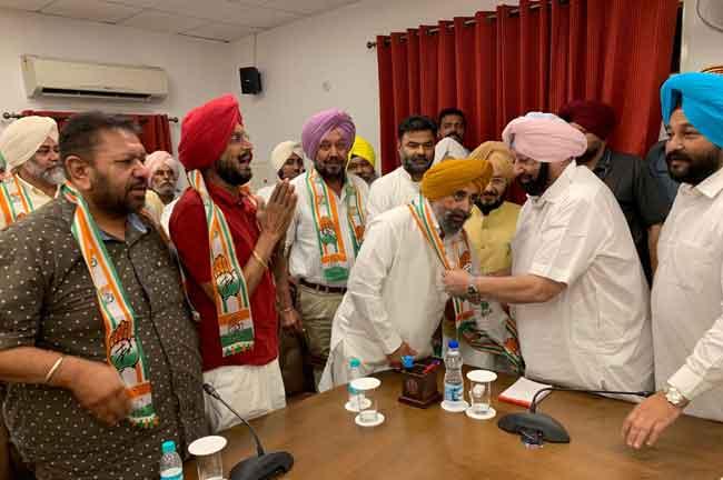 Ajmer Singh Bhagpur Joins Congress Amarinder