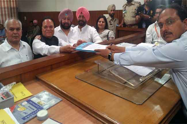 Chaudhary Santokh Filling Nomination Papers