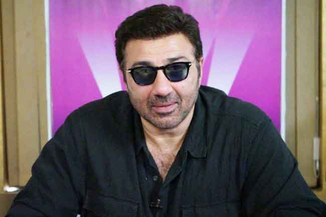 Sunny Deol Goggles