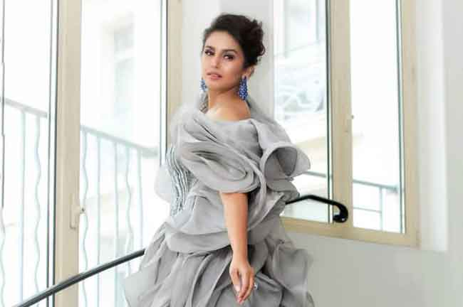 Huma Qureshi Cannes 2019 Grey