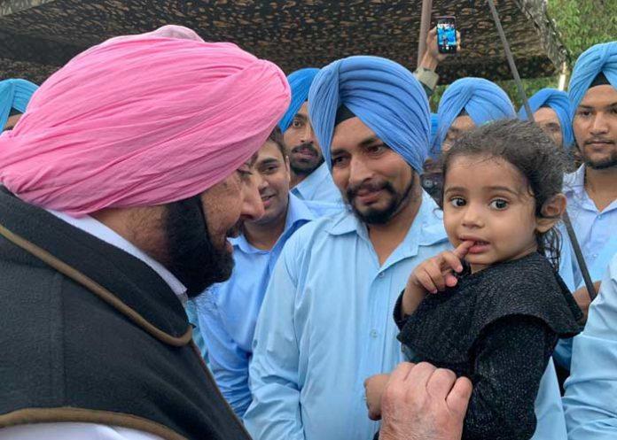 Amarinder 2 Sikh Regiment Host 1