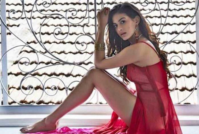 Amyra Dastur Red