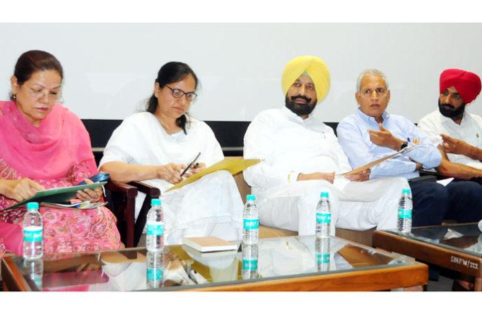 Balbir Singh Sidhu KS Pannu at meeting