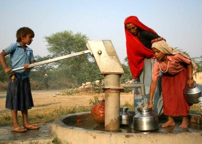 Hand Pump Water