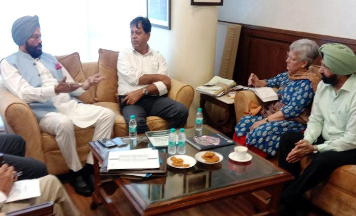 Rana Sodhi at meeting