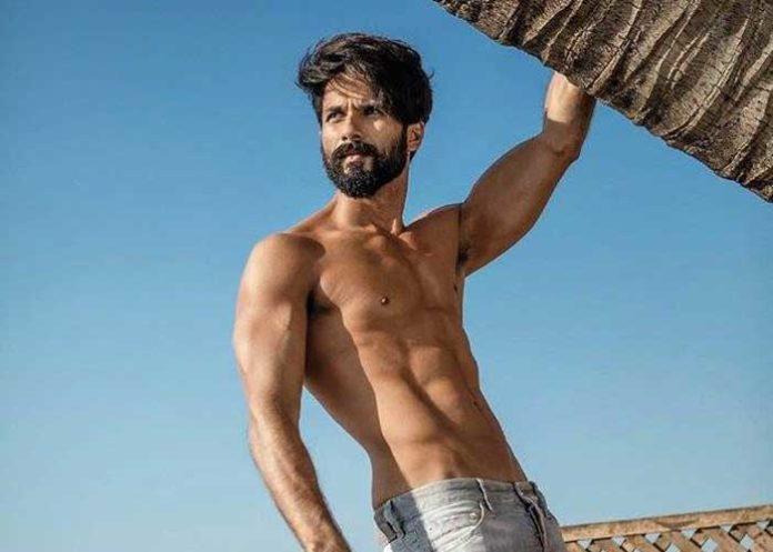 Shahid Kapoor Shirtless