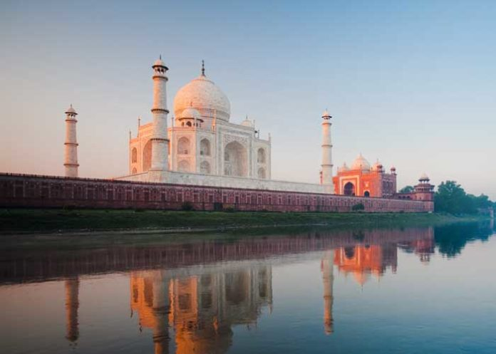 Taj Mahal Yamuna