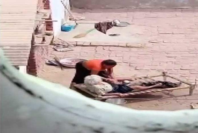 Woman Beaten in Nawaz nagar Haryana