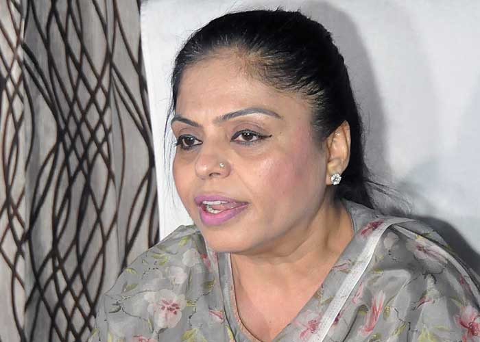 Punjab Women Commission Chairperson Manisha Gulati issues personal mobile  number as Helpline » YesPunjab – No.1 News-Portal. Latest News from Punjab,  India & the World.