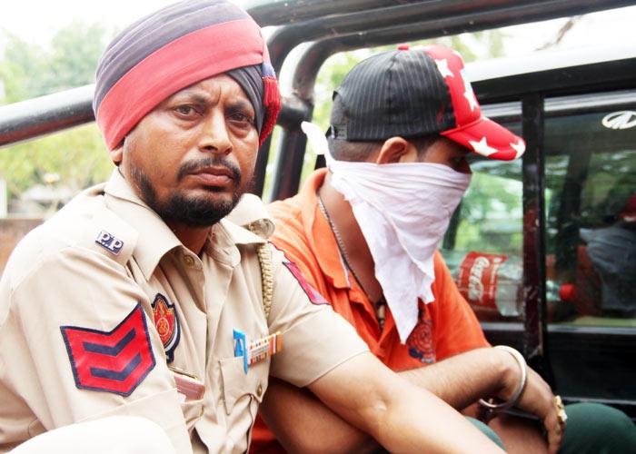 Shiv Sena Member arreste 2 Jalandhar