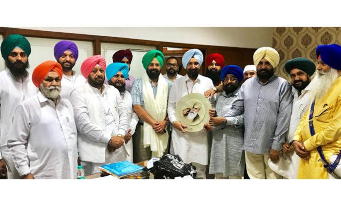 Baba Banda Bahadur Foundation meets Sukhjinder Randhawa