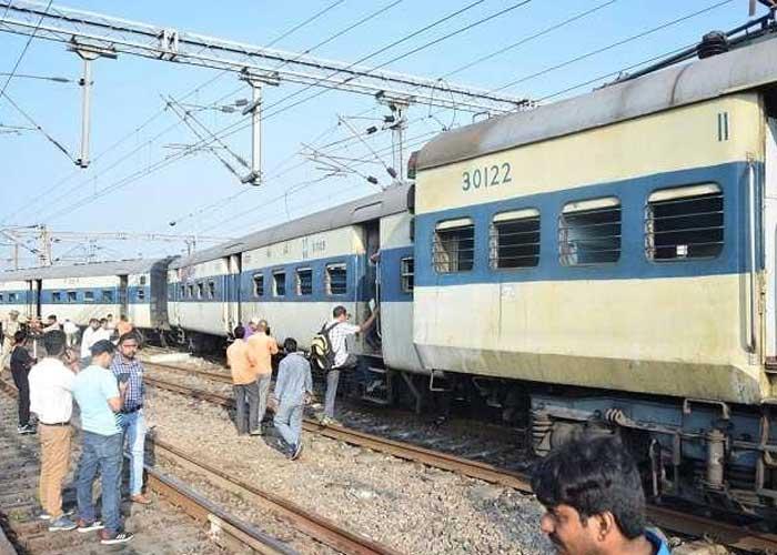 Kanpur Lucknow train derail