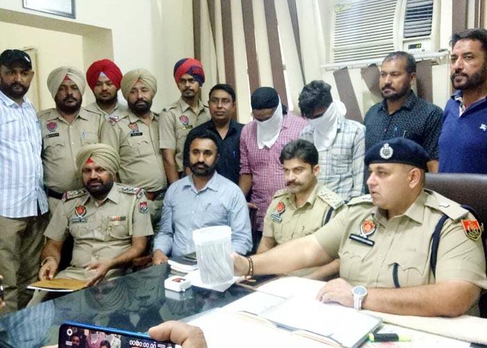Patiala police solve loot case