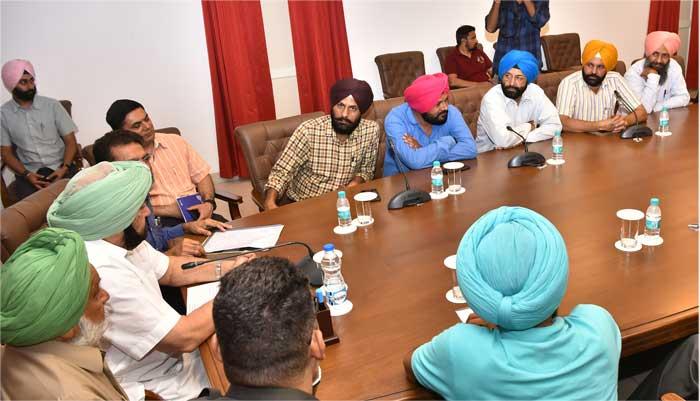 Pb Chd Journalist delegation meet Amarinder