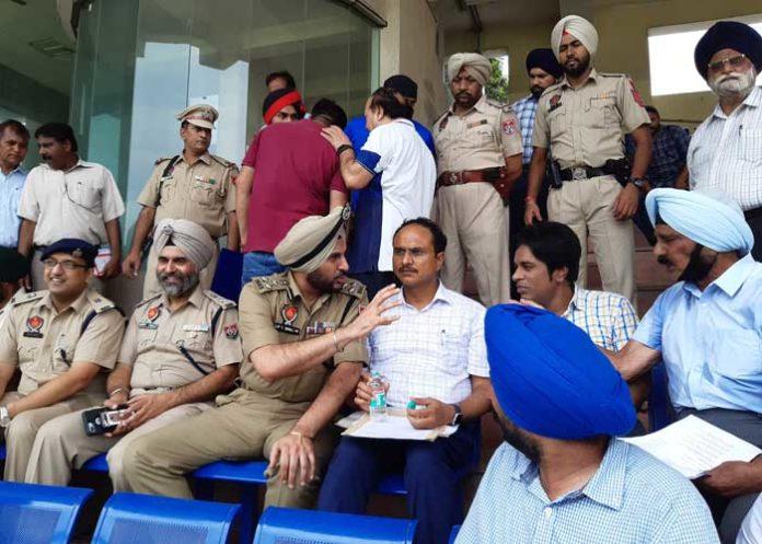 Varinder Sharma Bhullar Indep Day Flag Unfrul Prepration