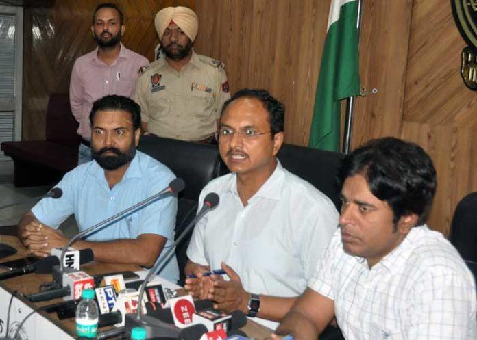 Varinder Sharma SDMs Flood Situation meeting