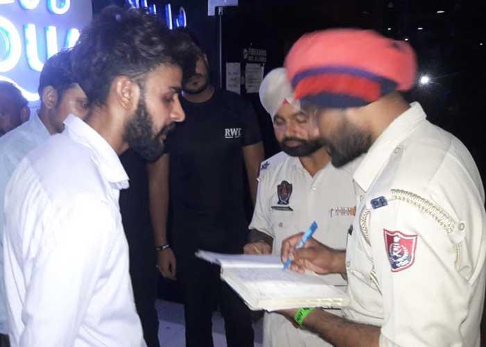 Firing at Hangout Bar Jalandhar 2
