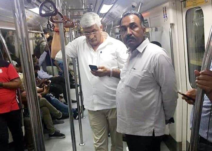 Gajendra Shekhawat travels in Delhi Metro