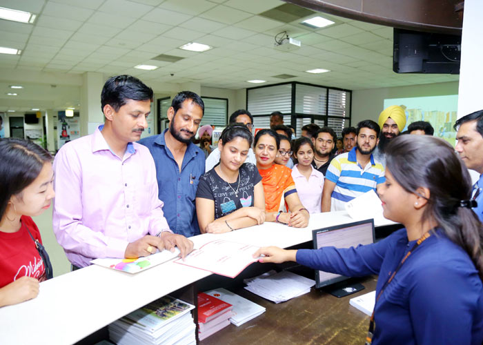 Heavy rush at LPU for admission in Distance Education