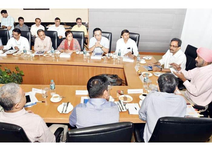 Punjab briefs Central team