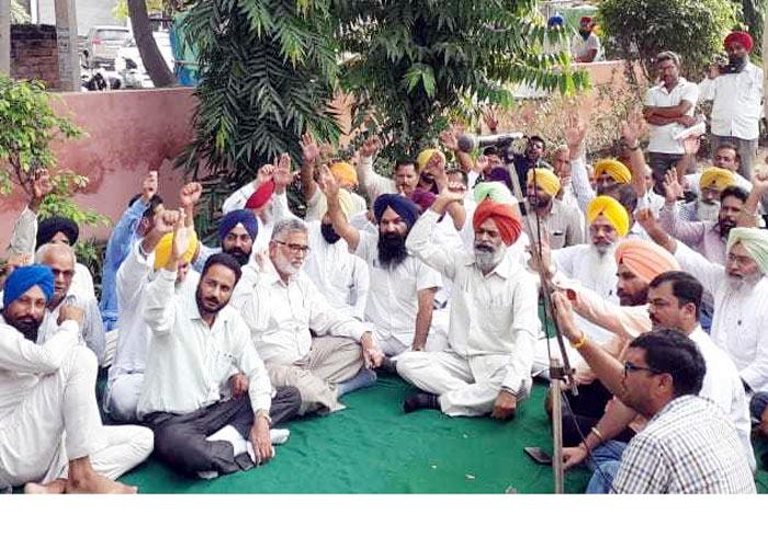 Cheema announces all mandis closed in Punjab