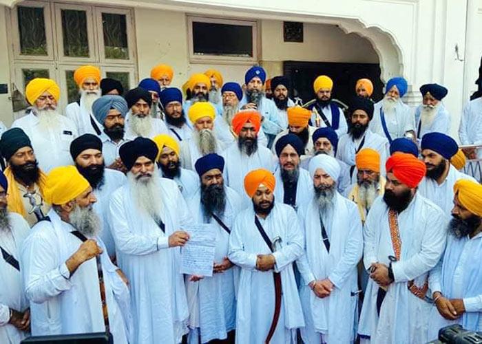 Dhadrianwale Mai Bhago Sikh organizations