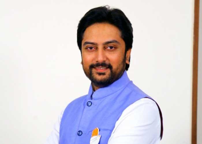 Dhiraj Deshmukh