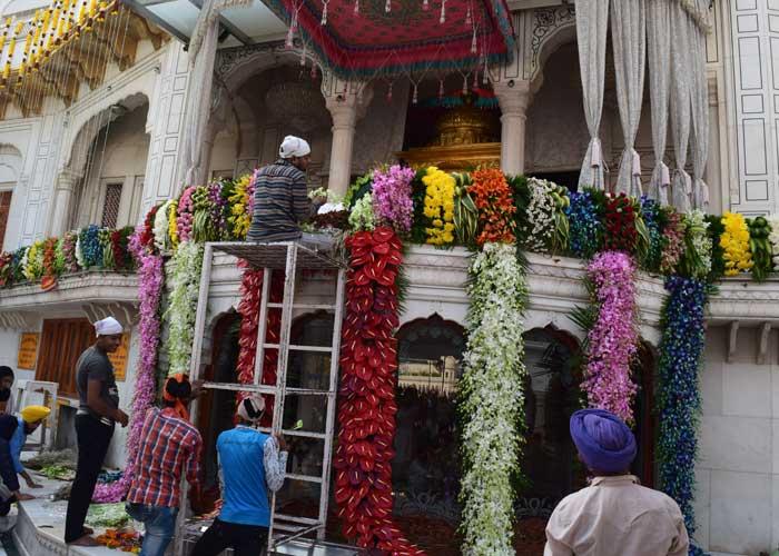 Guru Ramdass Prakash Purab Flower Decoration 2