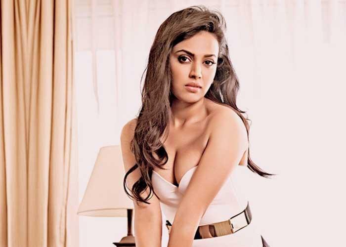 Swara Bhasker 1 1