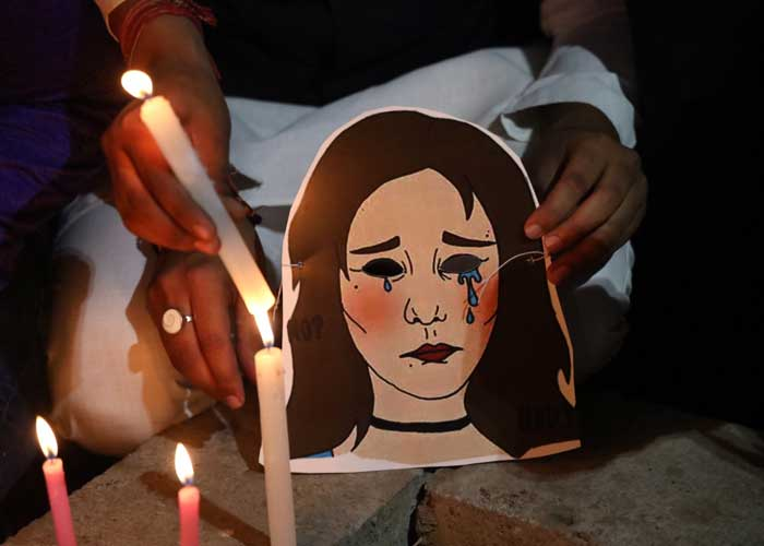 Candle march for Unnao rape victim