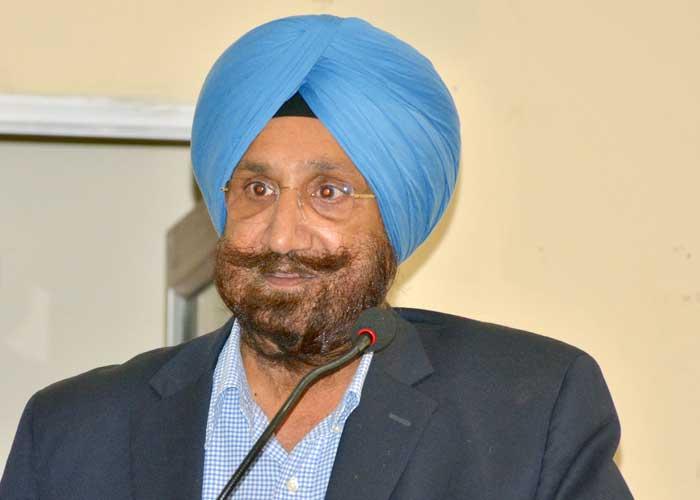 Sukhjinder Singh Randhawa Mike