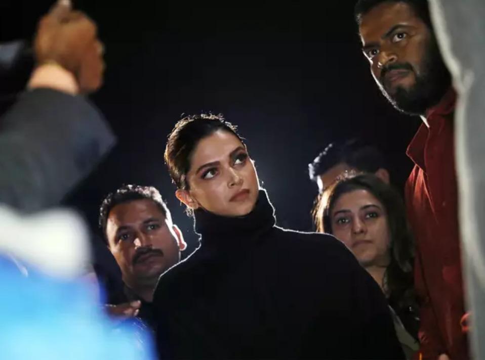 Deepika JNU visit