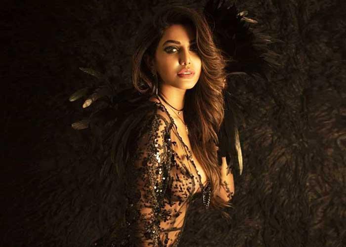 Natasha Suri Supermodel