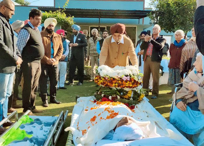 Tript Bajwa tribute Manji Singh