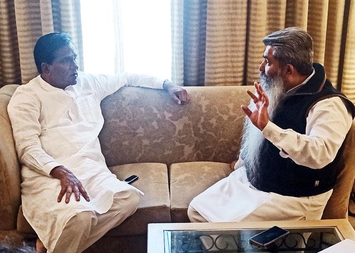 Bharat Bhushan Ashu meet Raosaheb Danve