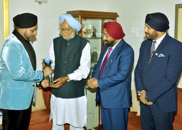 Manmohan Singh Life Time Achievement Award