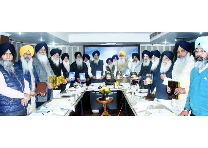 SGPC books of articles Sikh History