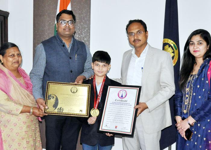 Meedhansh Gupta Youngest Website Developer Award