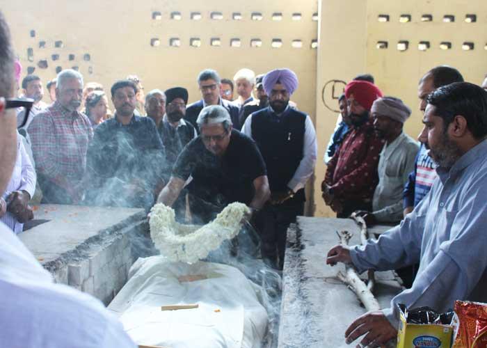 Rajesh Bhambi cremation Ludhiana