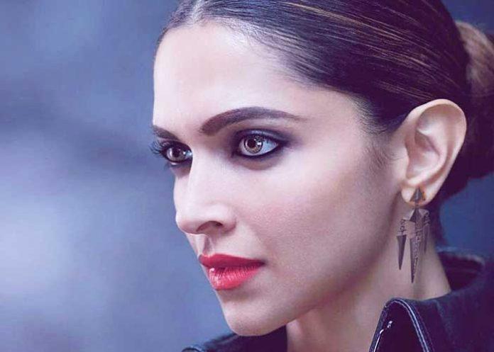 Deepika Padukone Face Look