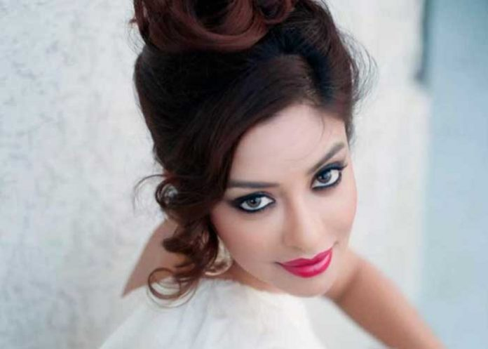 Payal Ghosh Close look