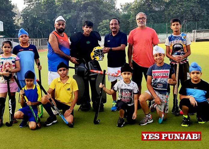Sunil Shinhmar get Goalkeeping kit Jalandhar