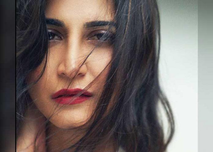 Aahana Kumra Close Look
