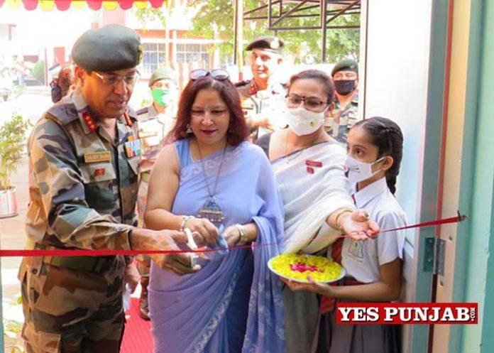 Lt Gen Sanjeev Sharma visits Beas Military Station