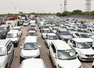 Delhi Gurugram Traffic Jam