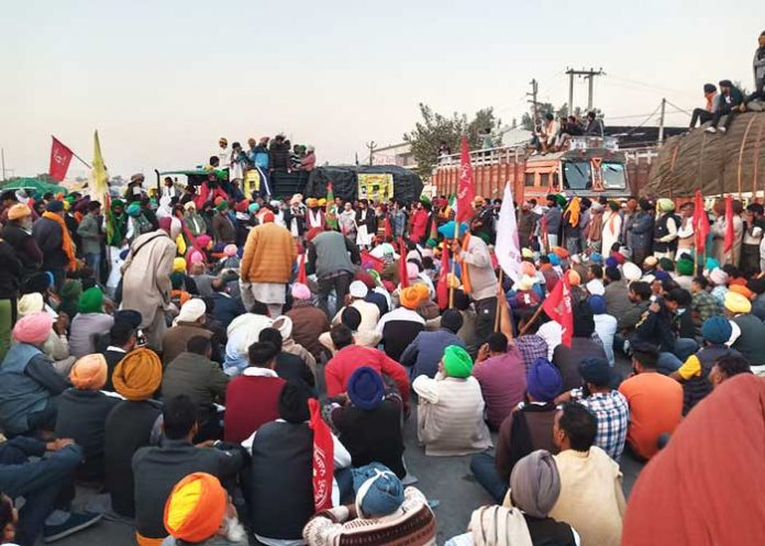 Farmers gathering at Singhu Border