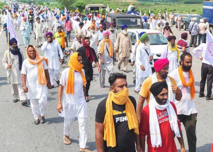 Farmers march toward Haryana Border
