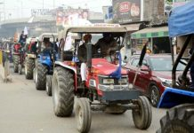 Farmers launch Nashik Mumbai vehicle march