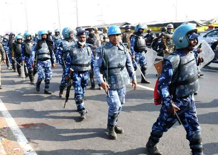 Police deployment at Ghazipur protest site